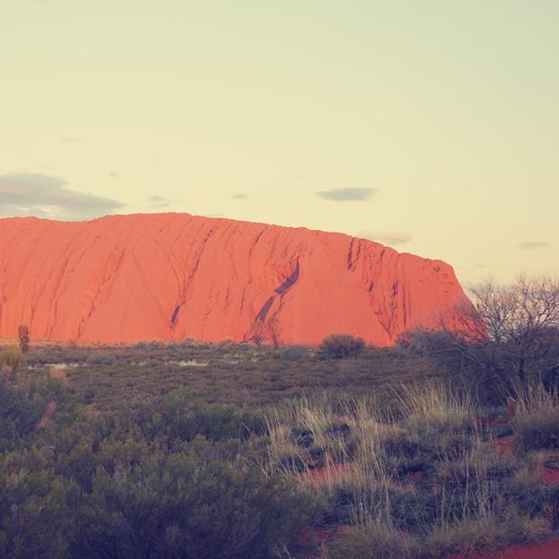 Parks a t Globe - Uluru Kata Tjuta